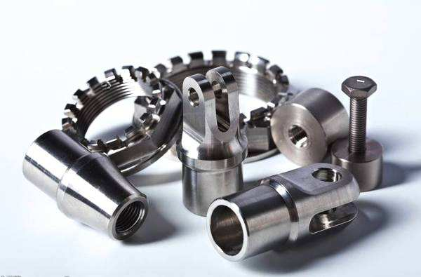 Machining with CNC machining tools